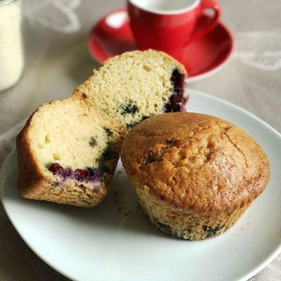 Vegan Blueberry Yoghurt Muffins