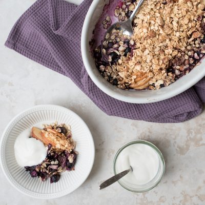 Blackberry and Apple Oat Crumble