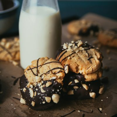Peanut Butter Cookies with Chocolate Drizzle