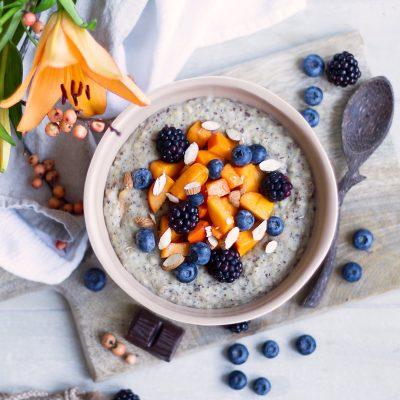 Vanilla Protein and Oat Porridge